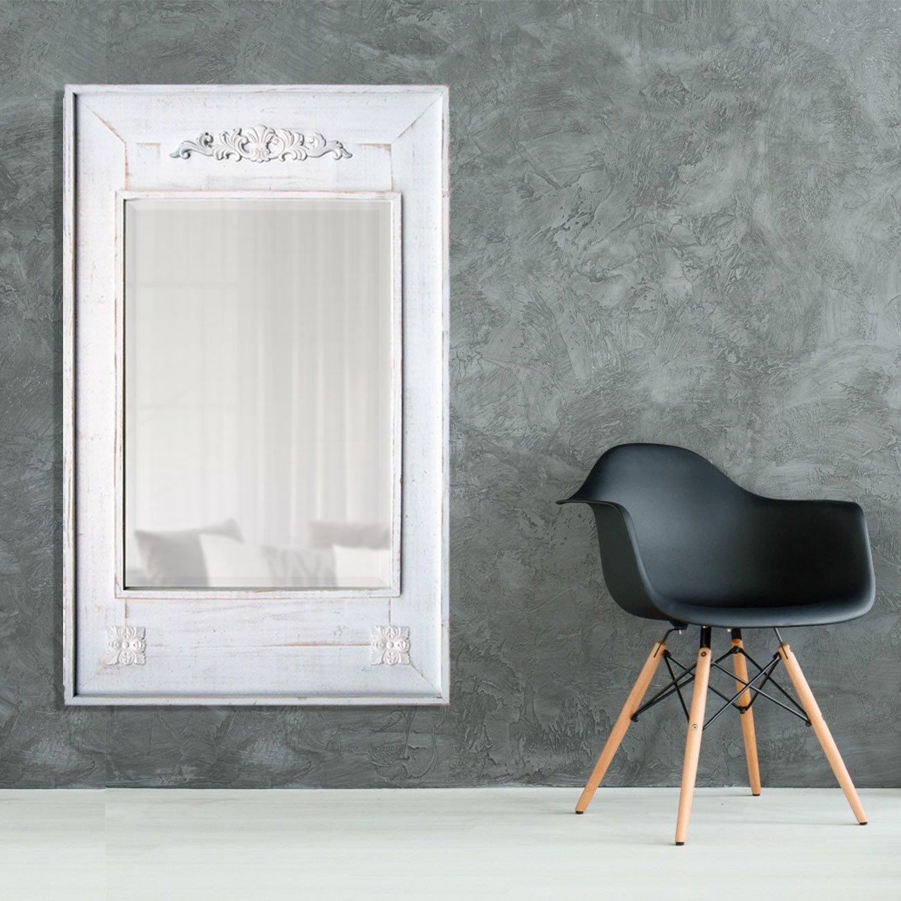 Espelho Decorativo Rústico com Moldura Branca Estilo Provençal com Apliques