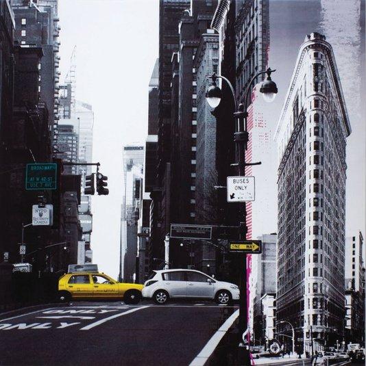 Quadro Tela Impressa NYC Flatiron Building e Taxi Amarelo 60x60cm