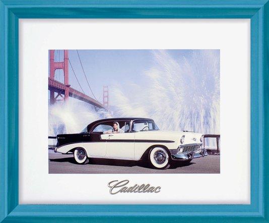 Quadro Decorativo com Moldura Retrô Carro Antigo Cadillac em San Francisco 60x50cm