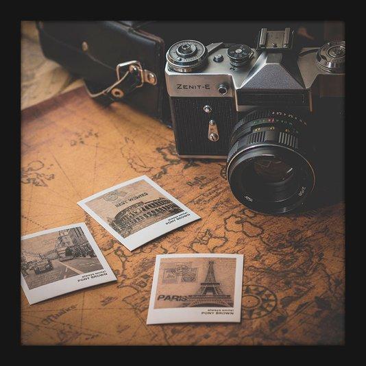 Quadro Retrô Pequeno Decorativo Câmera Fotográfica