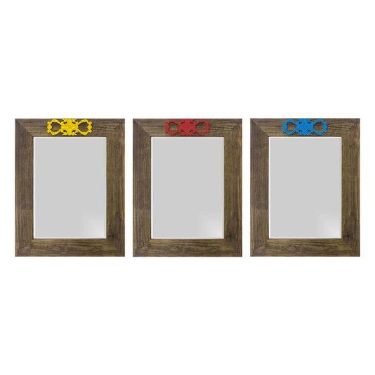 Kit Espelhos Decorativos com Moldura Marrom e Apliques na Parte Superior Kit com 3 Espelhos