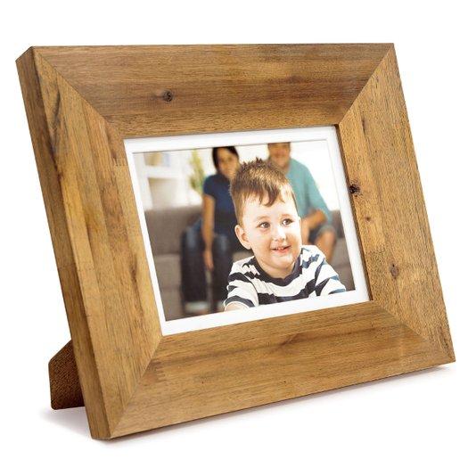 Porta Retrato para 1 Foto 15x21cm Moldura em Madeira Tingida com Nós e Chanfro