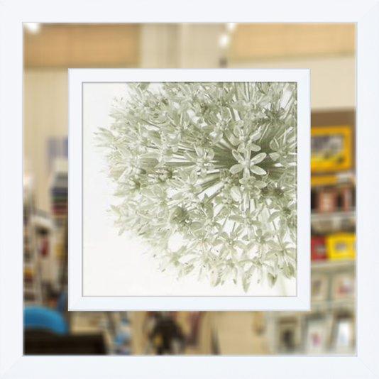Quadro com Moldura Branca com Espelho Floral 90x90cm