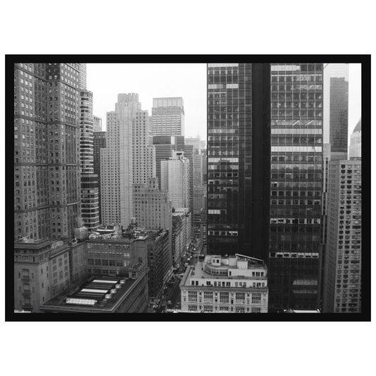 Quadro Decorativo com Moldura Preta Edifícios em Preto e Branco 70x50cm