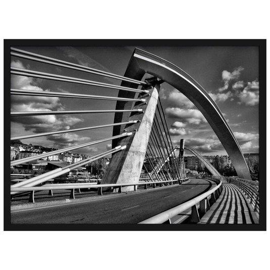 Quadro Decorativo em Preto e Branco Arquitetura Moderna Ponte do Milenio 70x50cm