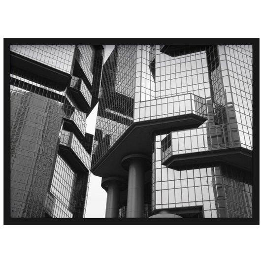 Quadro Decorativo em Preto e Branco Edifício Moderno com Vidros Espelhados em Hong Kong 70x50cm