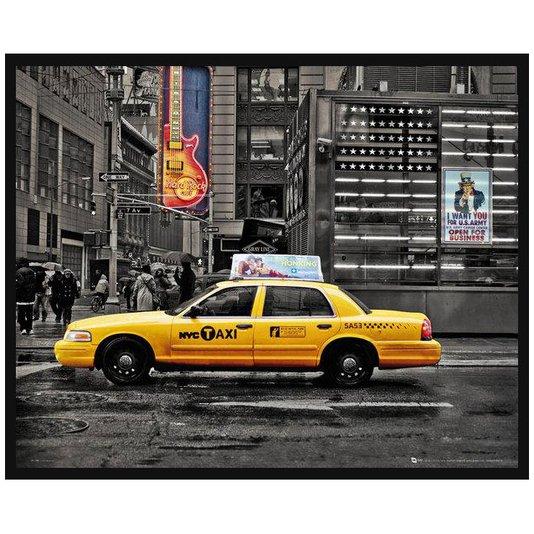 Quadro Decorativo Poster com Moldura em Preto e Branco com Taxi em Destaque 50x40cm