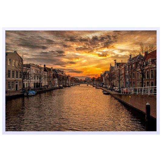 Quadro Decorativo Prédios as Margens do Canal na Holanda ao Pôr do Sol 90x60cm
