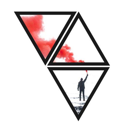 Trio de Quadros Triângulos Granada de Fumaça 67x75cm