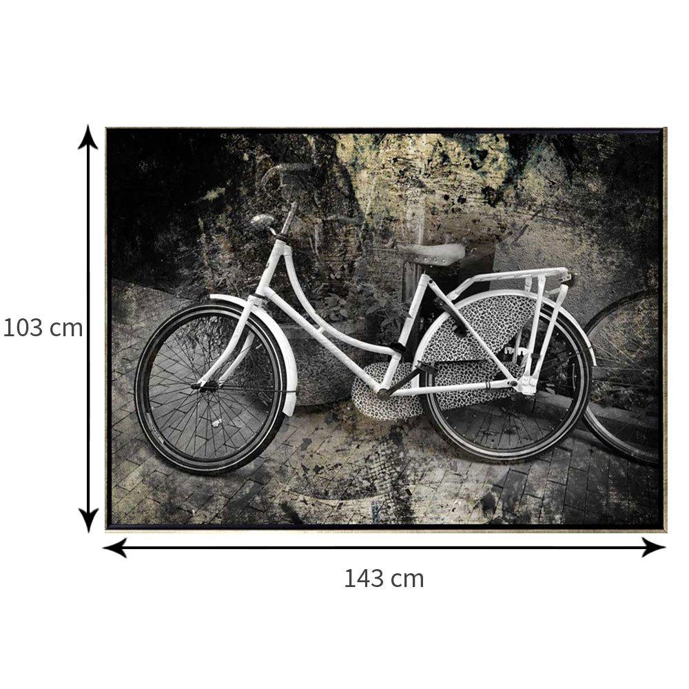 Tamanho exato da tela com moldura flutuante: 103 x 143 cm.