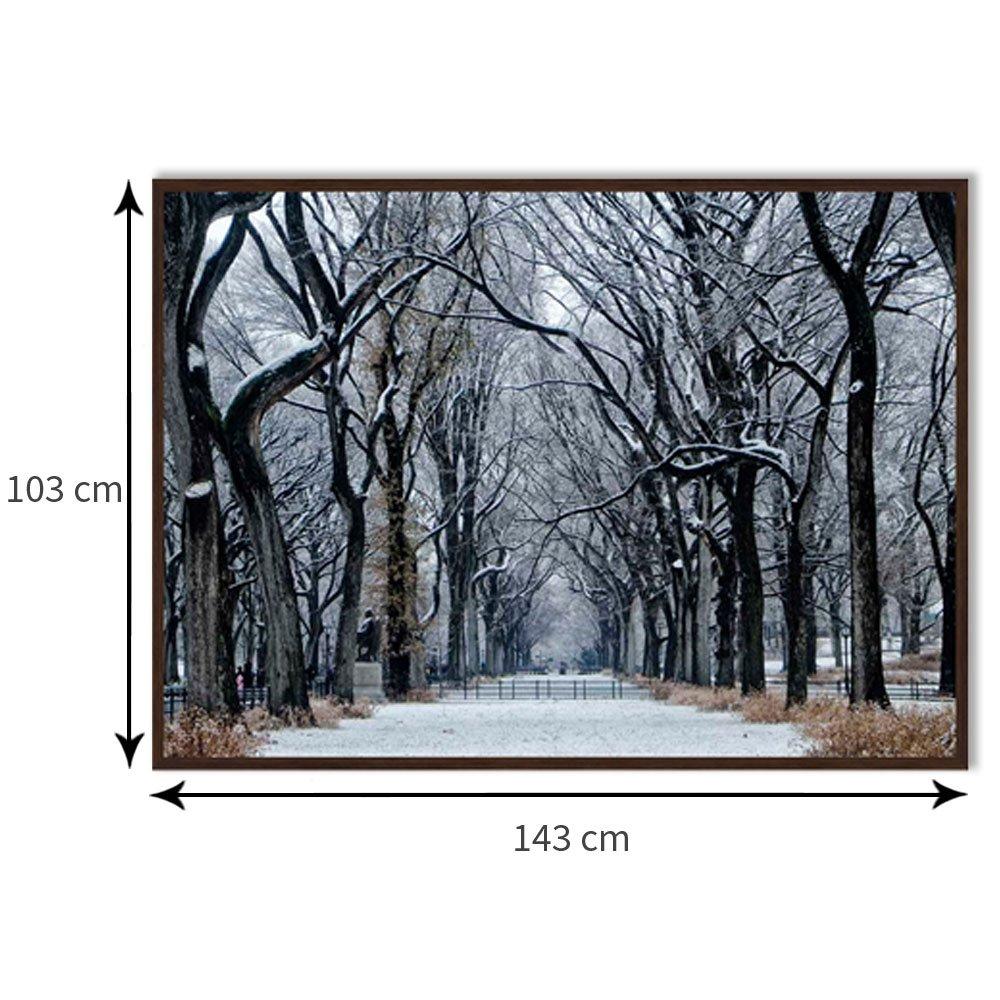 Tamanho exato do quadro com moldura: 143 x 103 cm.