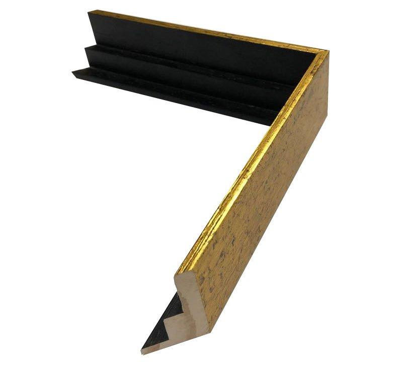 Moldura flutuante dourada com preto. Dimensão (L x A) 2,2x4,5 cm.